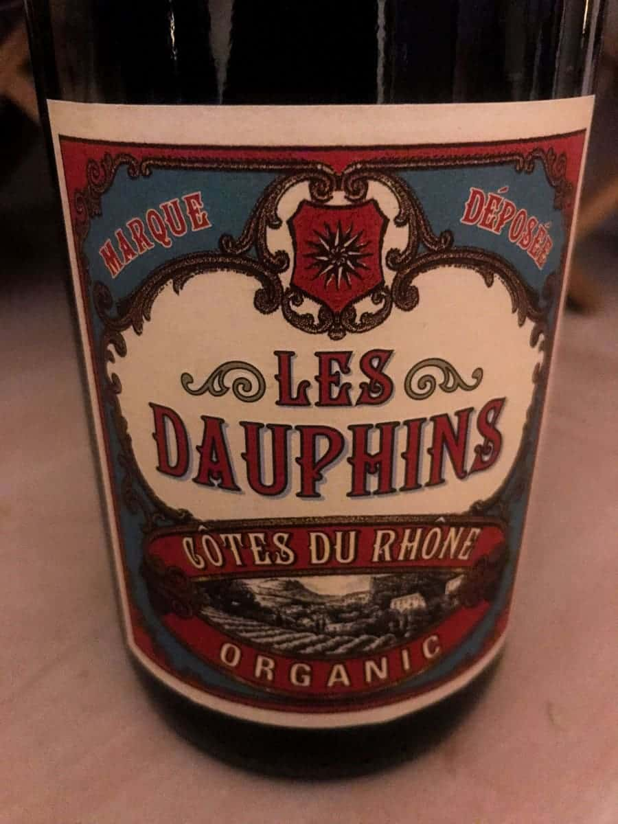 wine tuesday #3 - les dauphins wine bottle