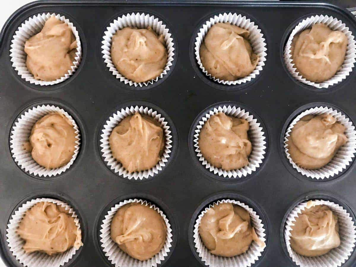 unbaked gingerbread cupcakes