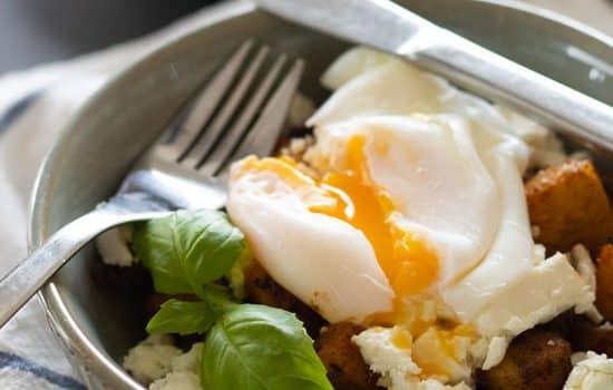 Fried Breakfast Potatoes with Feta & Poached Egg [Gluten free, Vegetarian]