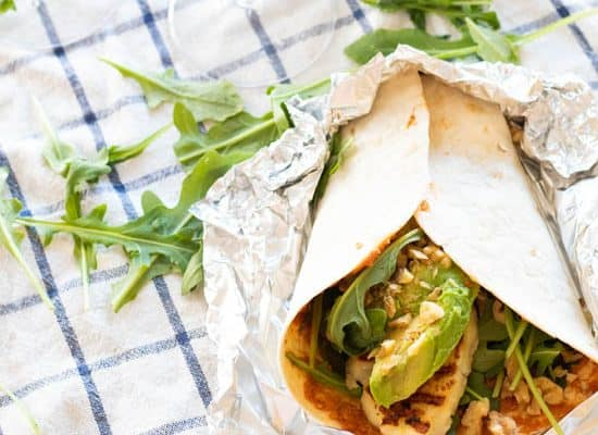 Easy Vegetarian Wraps with Avocado & Halloumi