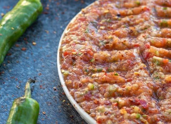 Acili Ezme – Spicy Turkish Salsa [Vegan & Gluten free]