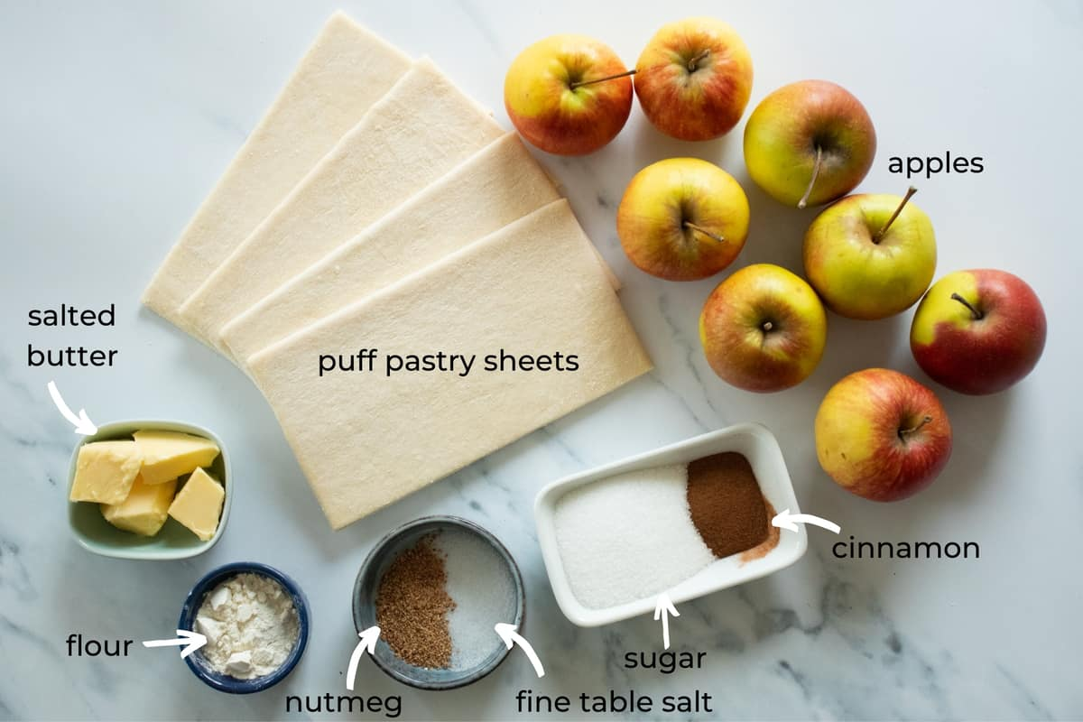 ingredients needed to make puff pasty apple pie