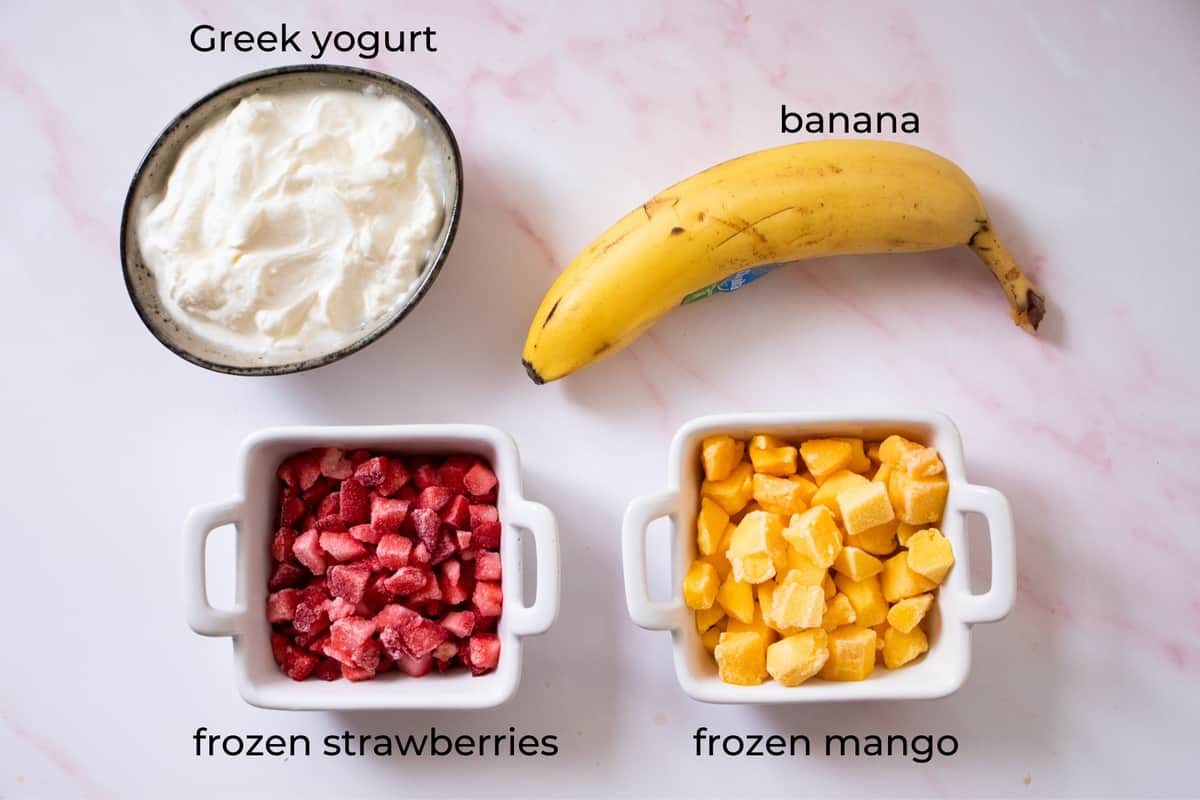 ingredients needed to make a strawberry mango smoothie