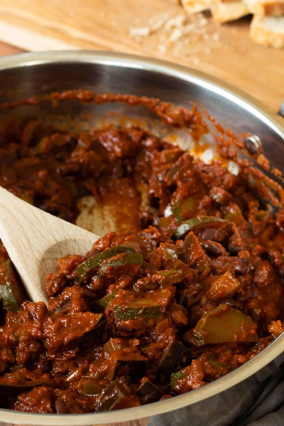 vegetarian chili sin carne in a skillet